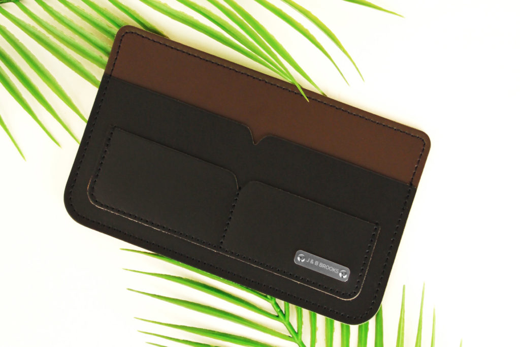 PERSONALISED TRAVEL WALLET